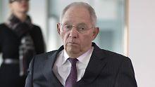 Gemeinsamer EU-Haushalt?: Schäuble bleibt zu Macrons Plänen skeptisch