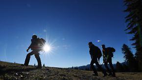 Sozial und gesund: Deutschland wandert sich glücklich
