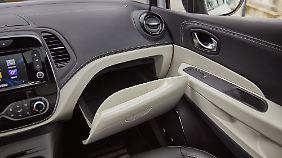 Kontrastfarben und gute Verarbeitung werten den Innenraum des Renault Capture auf.