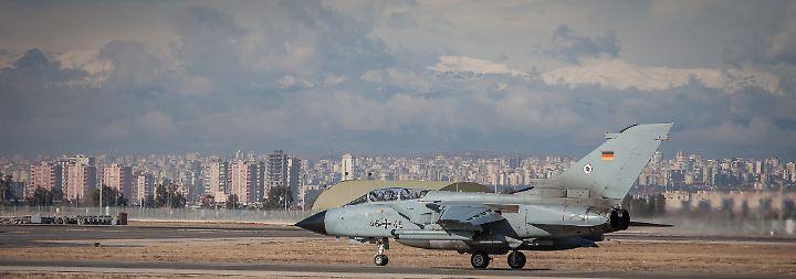 Türkei sperrt Abgeordnete aus: Forderungen nach Abzug der Bundeswehr werden immer lauter