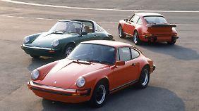 Porsche-Modelljahr 1978: vorne 911 SC, in der Mitte 911 SC Targa und hinten 911 Turbo.