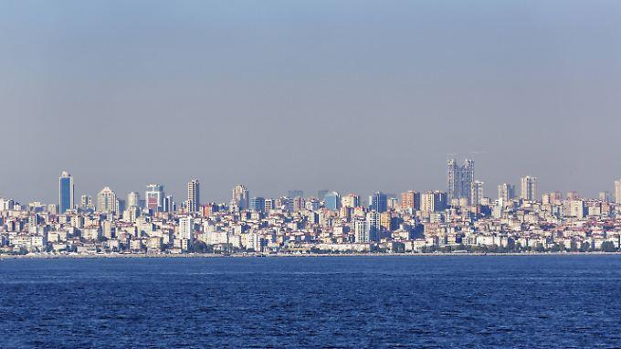 Istanbul liegt am Marmarameer. Die dortige Bebenaktivität haben Wissenschaftler minutiös ausgewertet.