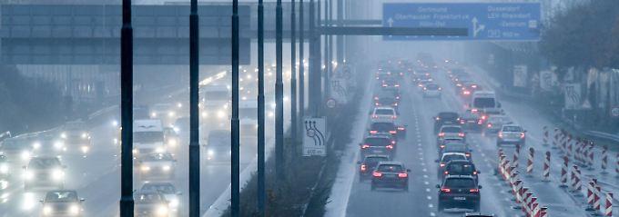 CO2-Ausstoß von Autos: Verein soll Abgaswerte öffentlich überwachen