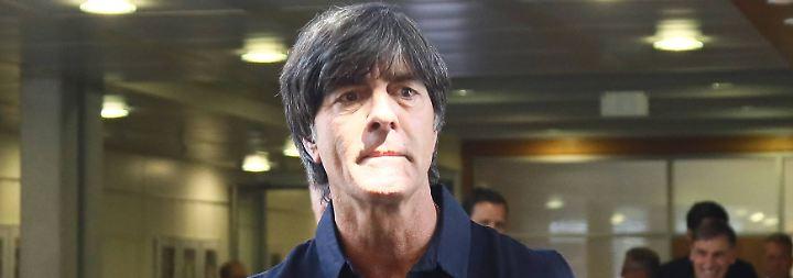 """""""Eine WM ist kein Test, bei dem man einen Schnupperkurs anbieten kann"""": Joachim Löw."""