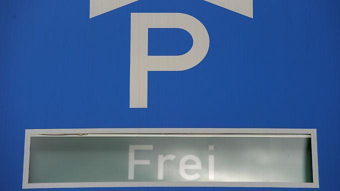Gratis parken? So ist dieses Schild nicht gemeint. Durch die Cyber-Attacke wurde es aber zumindest theoretisch möglich.