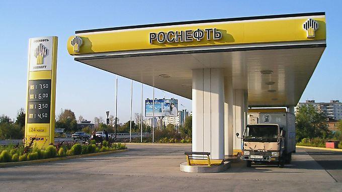 Rosneft-Tankstelle in Russland.