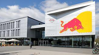 Nur eine Werbefläche für Red Bull?: Kritik begleitet Erfolgsgeschichte des RB Leipzig