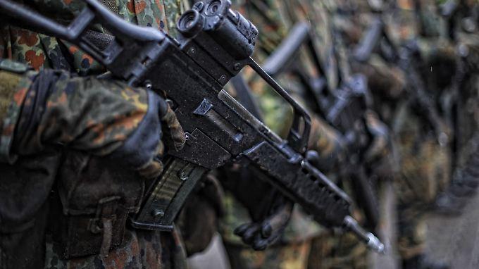 Die Bundeswehr vermisst mehr Waffen als bislang bekannt.