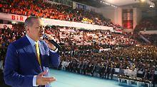 Macht des Präsidenten wächst: Erdogan ist wieder AKP-Chef