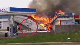 Zivilcourage sorgt für kleines Wunder: Brennende Tankstelle begräbt Feuerwehrmann unter sich