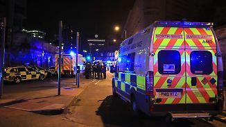 Schwere Vorwürfe gegen Veranstalter: 22 Menschen sterben bei Anschlag auf Pop-Konzert in Manchester