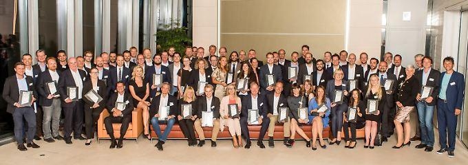 Die besten Online-Portale wurden feierlich in der Berliner Bertelsmann-Repräsentanz ausgezeichnet.