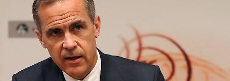 """Austausch über """"flotte Bardamen"""": Notenbankchef fällt auf E-Mail rein"""