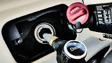 Abgasskandale und drohende Fahrverbote: Experten prophezeien dem Diesel einen Tod auf Raten