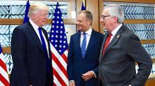 """Die """"bösen Deutschen""""? Hat US-Präsident Trump das wirklich gegenüber EU-Ratspräsident Tusk und Kommissionschef Juncker gesagt? Wohl eher nicht."""