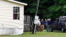 Die Leichen der acht Opfer wurden in drei Häusern entdeckt.