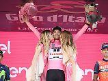 """Dumoulin genießt Giro-Triumph: """"Beautiful Tom"""" macht's wie einst Indurain"""