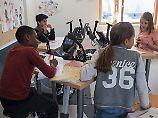 Der Tag: Bremer Schüler pauken auf Heimtrainern