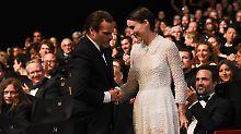 Liebes-Outing bei der Gala: Phoenix und Mara halten Händchen