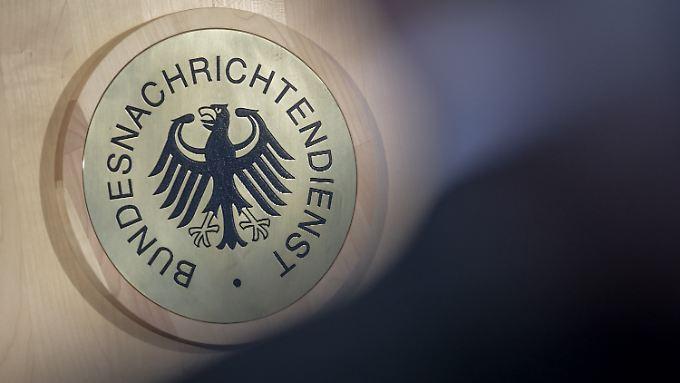 Das Siegel des Bundesnachrichtendienst in der Berliner Zentrale.