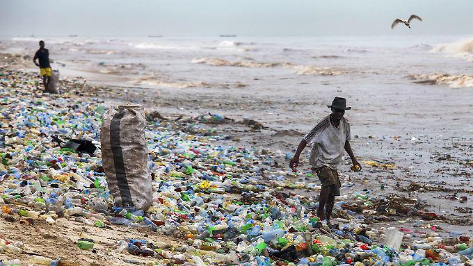 Nur 5 Prozent des Plastikmülls in den Meeren gelangt an Strände. Der größte Teil bleibt unsichtbar.
