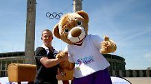Fabian Hambüchen bekommt eine riesige Abschiedsparty. Im Olympiastadion wird er bei der Stadiongala des Turnfests von 60.000 Zuschauern gefeiert.