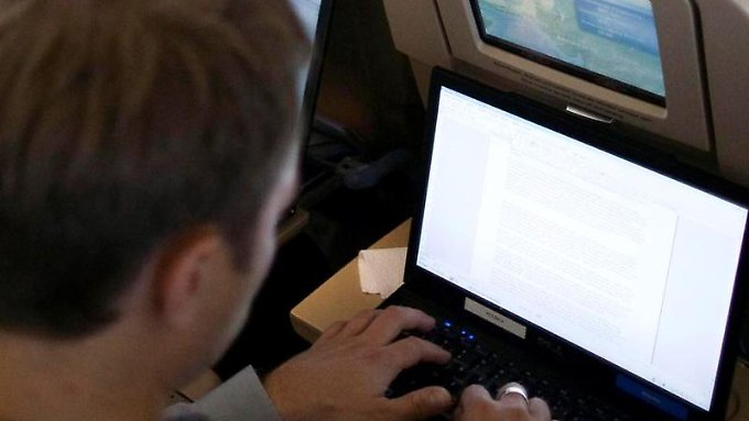 Vor allem Geschäftsleute wissen WLAN im Flugzeug zu schätzen