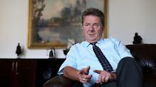 Wieder mit Parteibuch: Magdeburgs OB kehrt in die SPD zurück