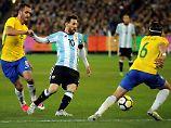 """Im """"Superclásico de las Américas"""" setzt sich die argentinische Nationalelf um Lionel Messi gegen Brasilien durch."""