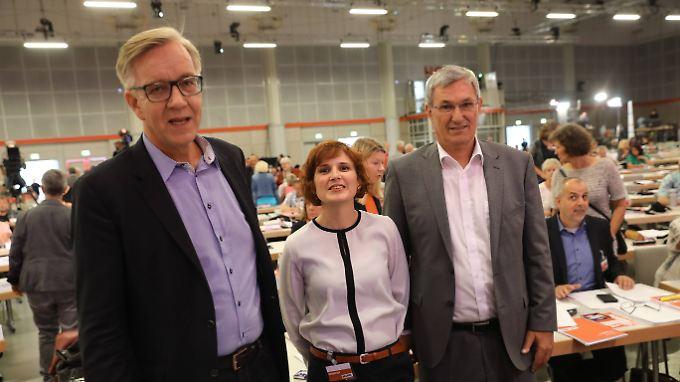 Die Parteivorsitzenden Katja Kipping und Bernd Riexinger mit Dietmar Bartsch (l.), der als Oppositionsführer schon Erfahrung hat. Bleibt es dabei?