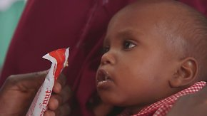 Hungerkatastrophe in Ostafrika: Erdnusspaste soll Kinderleben retten
