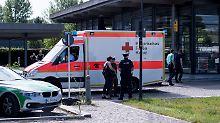 Kopfschuss bei Bahnhofseinsatz: Polizistin schwebt weiter in Lebensgefahr