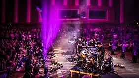 Im intimen Rahmen des Berliner Funkhauses gaben Alt-J ein exklusives Konzert.
