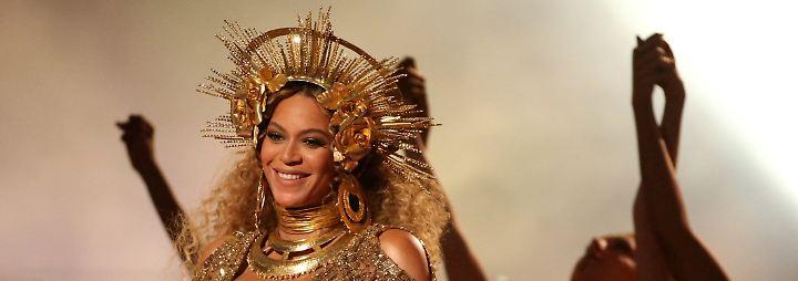 Promi-News des Tages: Beyoncés Zwillinge bleiben vorerst im Krankenhaus