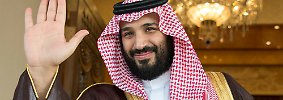 Als Verteidigungsminister des Landes ist Mohammed bin Salman unter anderem für den verheerenden Krieg im Nachbarland Jemen verantwortlich, in dem Saudi-Arabien seit mehr als zwei Jahren Luftangriffe auf Stellungen der schiitischen Huthi-Rebellen fliegt.
