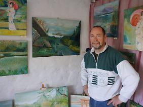 Jens Nagel betreibt einen exotischen Kunst-Garten in Retzow bei Lychen. Man muss die Ruhe aushalten, sagt er über die Uckermark.