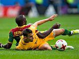 Löwen foulen sich in Bedrängnis: Socceroos bremsen Kamerun und sich selbst