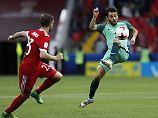 Bernardo Silva (r.) feierte gegen Russland seinen ersten internationalen Turniereinsatz.