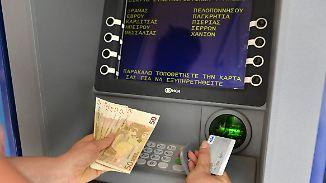 Im Urlaubsort und in Landeswährung: Tipps für das Geldabheben im Ausland