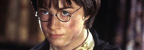 Der Waisenjunge mit der blitzförmigen Narbe auf der Stirn und der runden Nickelbrille erobert noch immer unaufhaltsam die Herzen seiner Leser und der Film-Fans.