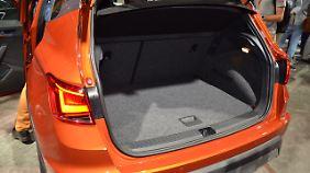 Mit 400 Litern Kofferraumvolumen übertrift der Arona sogar den Seat Leon um 20 Liter.