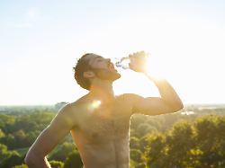 Stiftung-Warentest-Bericht: Nur jedes dritte Mineralwasser ist