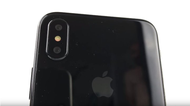 """Die Doppel-Kamera wird wohl ein herausragendes Merkmal des """"iPhone 8""""."""
