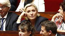 Vorwurf der Veruntreuung: Justiz nimmt Ermittlungen gegen Le Pen auf