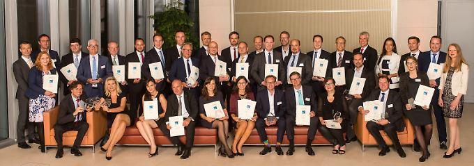 Die Gewinner wurden feierlich in der Berliner Bertelsmann-Repräsentanz ausgezeichnet.