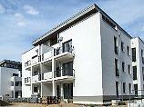Neue Wohnhäuser in Rostock-Warnemünde.