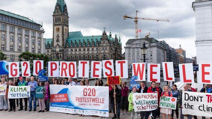 Friedlicher Protest in Hamburg muss möglich sein - auch in Sichtweite zu den Adressaten.