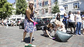 """""""Wir holen uns die Stadt zurück"""": Tausende Freiwillige machen in Hamburg klar Schiff"""