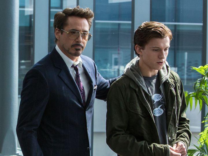 Robert Downey Jr. (l.) ist ein Vorbild für Tom Holland.