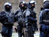 Terror schürt Ängste: Studie: Jeder Zweite fühlt sich unsicherer